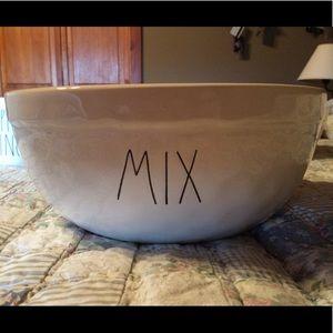New Rae Dunn MIX bowl